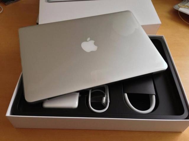 Apple Macbook Pro 15.4 Retina i7 2.8GHZ / 16GB Ram / 2TB SSD /2016