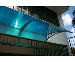 Toldos de policarbonato para puertas, ventanas, terrazas, tiendas.