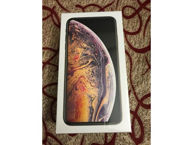 Brand New Apple iPhone XS Max - 256GB - Silver