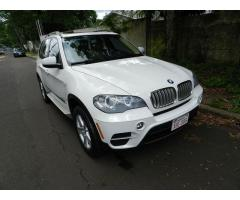 BMW X5 2011 XDRIVE 3.5D  DIESEL TOP AUTOMATICA 41.500. KM, TECHO PANORAMICO REMATO