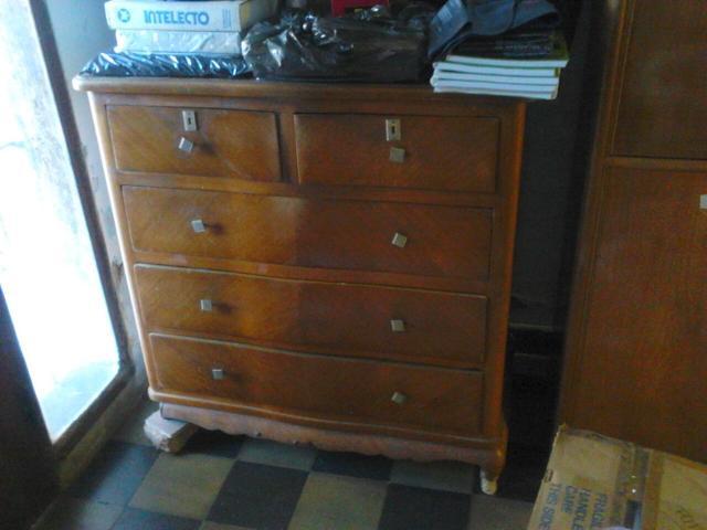 Vendo muebles antiguos asuncion segundamano paraguay for Vendo muebles antiguos para restaurar