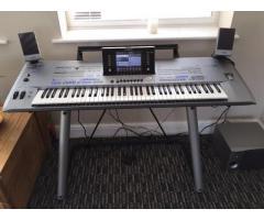 Yamaha Tyros 5 76-Key Arranger Workstation Keyboard