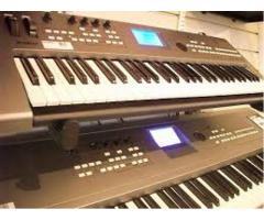 F/s.... Yamaha Tyros 3 Keyboard
