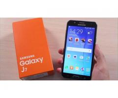 Samsung Galaxy J7 (Unlocked)