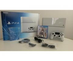 Sony PlayStation 4 - 500GB + 2 controls + 2 games + PS Camera