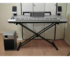 Yamaha Tyros 3 61 Key Arranger Workstation Keyboard