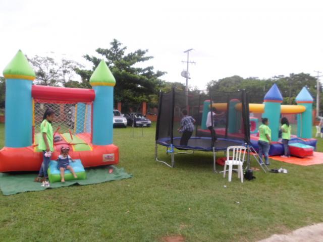 Alquiler Para Fiestas, Juegos Inflables, trampolín, tejo, futbolito, algodón de azúcar.
