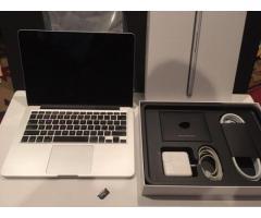 Apple macbook pro  Whatsapp: +971526901924