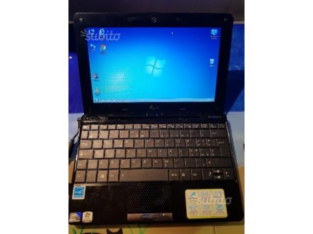 Netbook Asus Eee PC 1008HA en marche